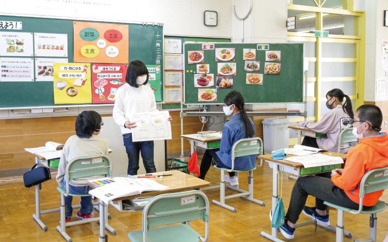 加美町立鹿原小学校<br /> 「家族が喜ぶすてきな献立を考えよう」