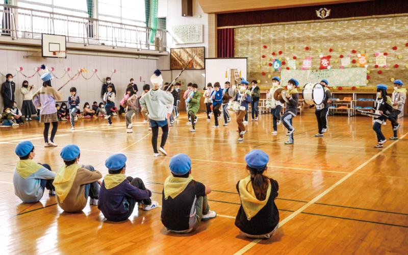 亘理町立高屋小学校<br /> 「鼓笛隊引き継ぎ式」